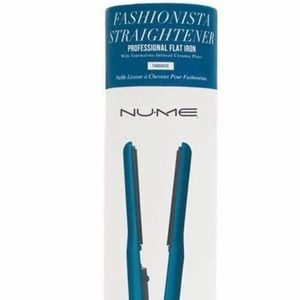 NuMe Turquoise Fashionista Hair Straightener